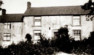 A image of Riley/Rylah Farm showing the west side of the farm house. Persons standing with their backs to this part of the farm house would be looking towards Stockley and Heath.
